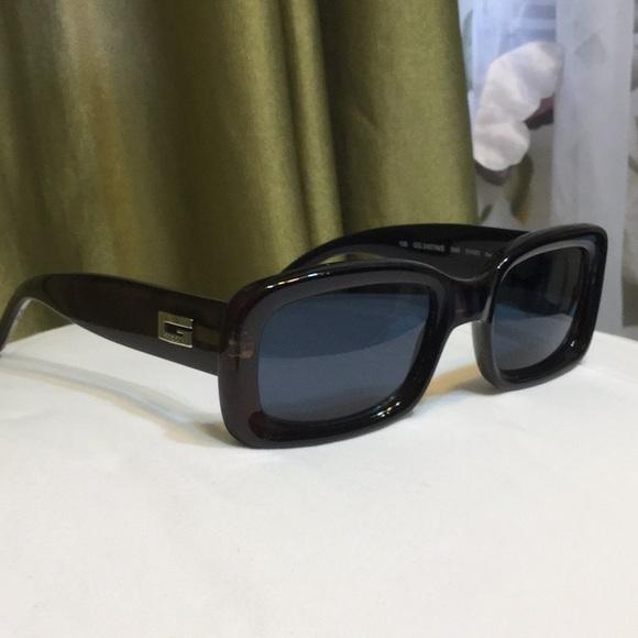 Gucci sunshades in deep bronze frames! 💥